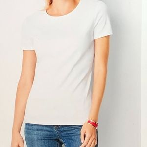 L.L Bean L- PET White Crewneck Short Sleeve Shirt